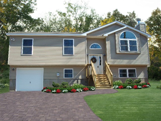 Pa custom home photos homes in the poconos for Cj custom homes