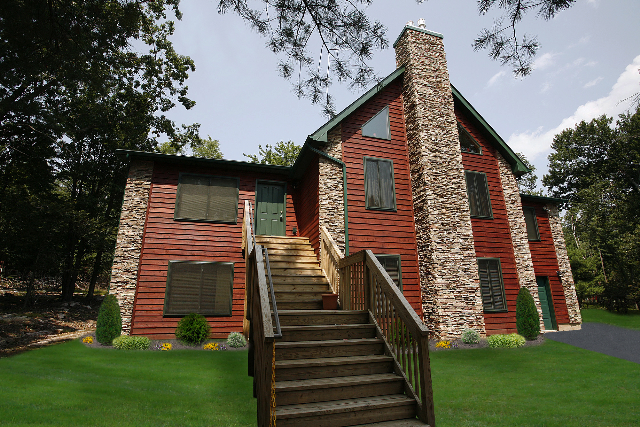 Poconos Cabin with Custom Stone Work