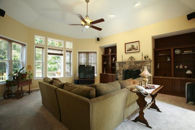 Spacious Living Room in Poconos Home