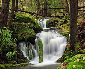 poconos-waterfall