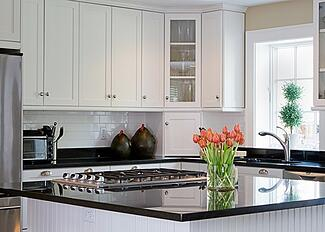 Counter-intuitive-choosing-the-right-counter-material-for-your-new-Poconos-kitchen