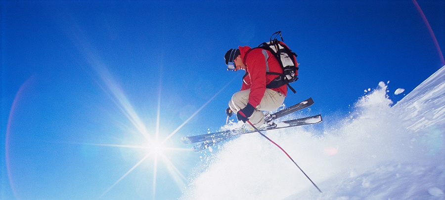 Everything-You-Need-to-Know-About-Skiing-in-the-Poconos.jpg
