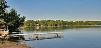 Poconos-Neighborhood-Spotlight-Arrowhead-Lake_.jpg
