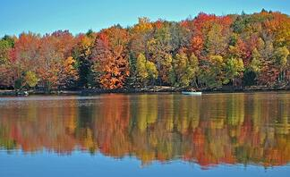 Where-to-find-Poconos-Lakefront-Lots.jpg