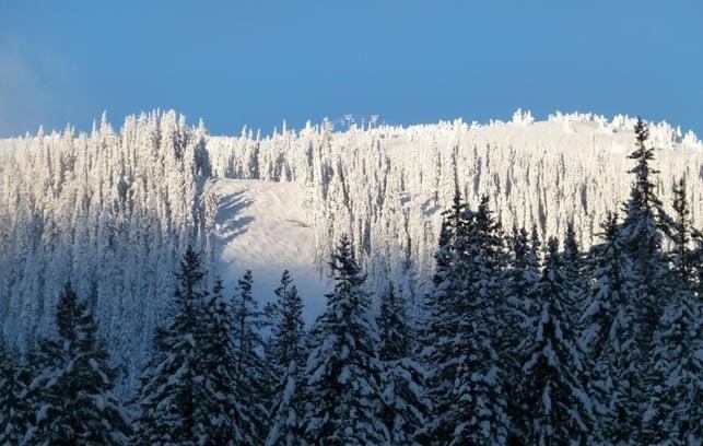 skiing-in-the-poconos-658625-edited