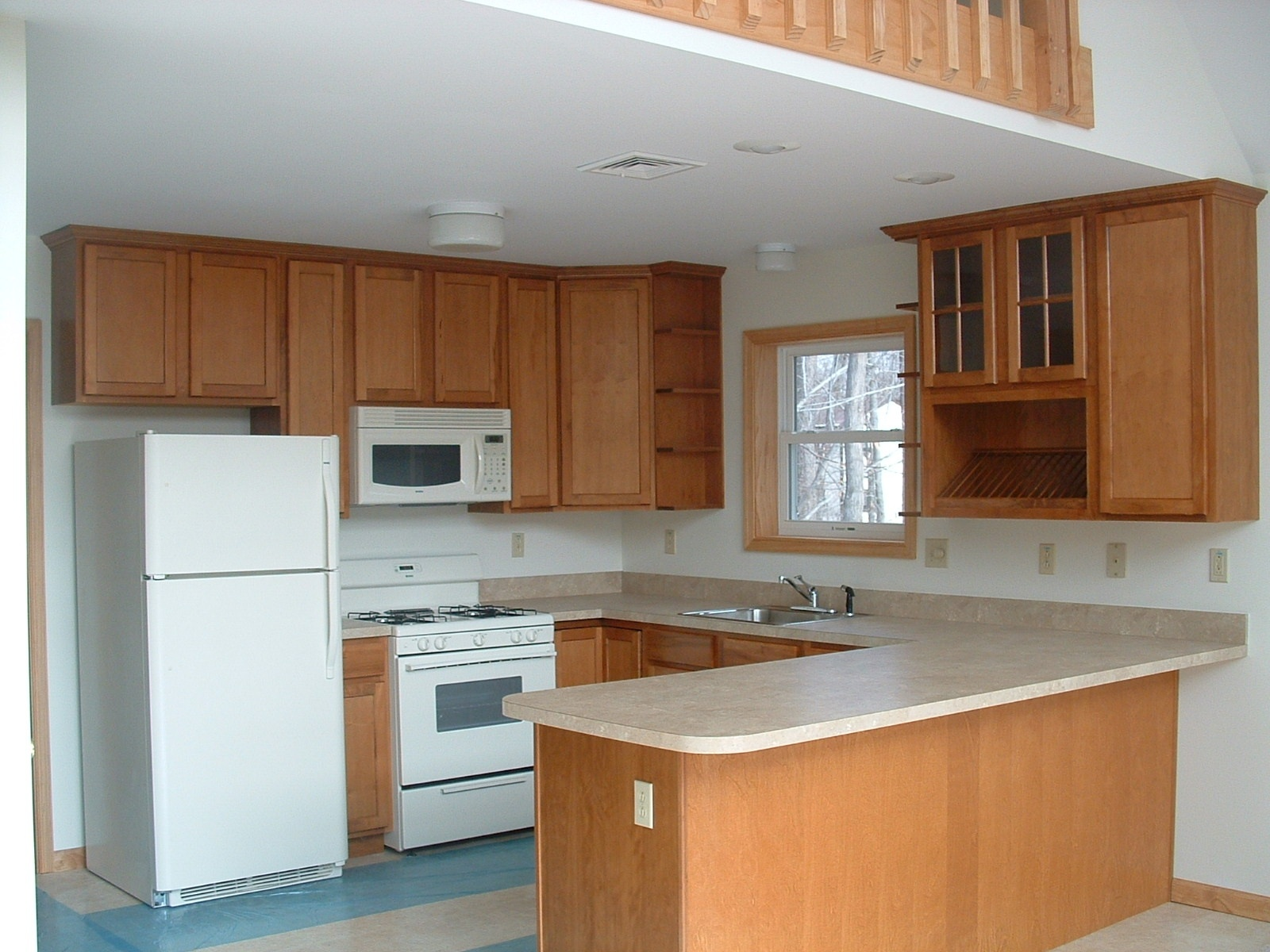 1503_kitchen.jpg