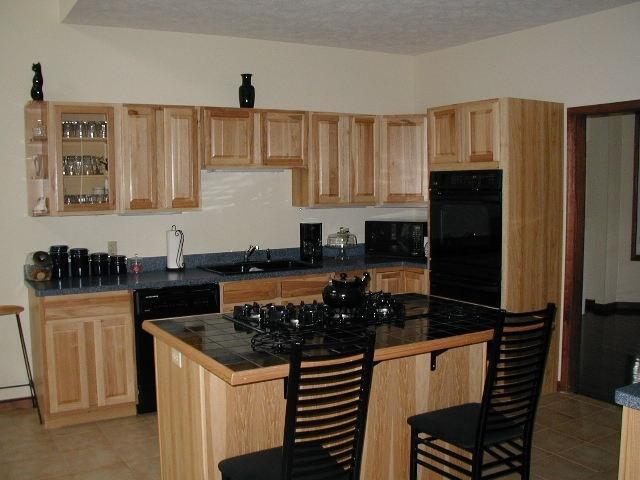 Griffin-Kitchen-726413-edited.jpg